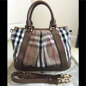 Euc Burberry large house check canvas tote